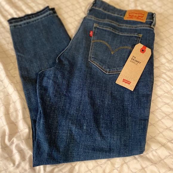 Levi's Denim - Levi's 711  skinny Ankle jeans 👖size 12 W31
